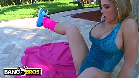 BANGBROS - Blonde PAWG Kagney Linn Karter Gets Massage and Anal