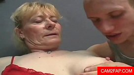 Hairy Granny gets a Facial Free Hairy Porn