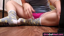 Hairy amateur masturbates with glass dildo and squirts
