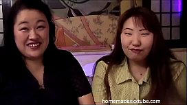 ma0043 - Mature bbw lesbians fondling kissing and having fun