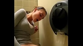 Girl squirting in bathroom moaning