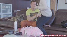 Stepmom milf with hugetits getting pounded