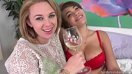 Cassidy Banks and Brooke e Foot Fetish Daily