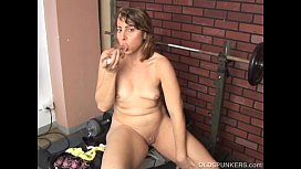 Super cute MILF fucks her soaking wet pussy just for you