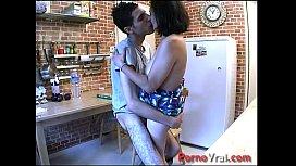 Vieille beurette baise en cachette de son mari French amateur
