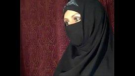 1487348 arab muslim girl flashing on cam