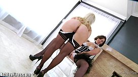 Bobbi Star is stretching Ashley Fires