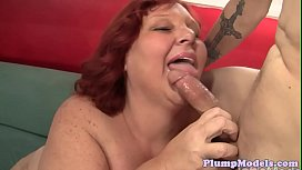 Mature SSBBW blows dick and gets fucked