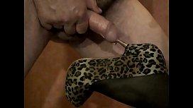 High heel insertion in cock
