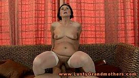 Brunette mature granny eager for slong