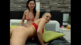 xhamster live, two lesbians play, silent