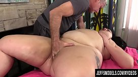 A Masseur Turns a Rubdown into an Orgasm Session for BBW Calista Roxxx xxx video