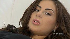 Eyepopping brunette slut rams her pussy with long yellow dildo