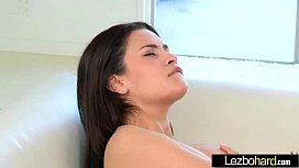 (Vicki Chase & Vanessa Veracruz) Teen Hot Girls Play In Amazing Lez Scene movie-30