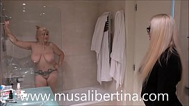 Lesbian games in shower with Musa Libertina and hotel manager Blondie Fesser