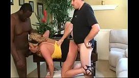 Zoey Andrews chubby mature slut DPed by black & white amateurs