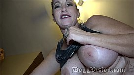 Sherry Stunns Huge Tits Stray Cat