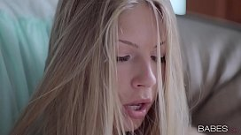 Babes - THE RIGHT TOUCH - Angelica