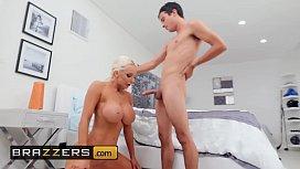 big boob tied naked xxx