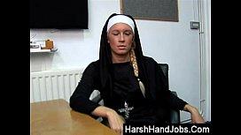 Kristal Nyles gives a harsh handjob