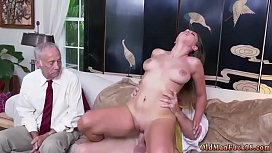 Daddy crony's daughter bath and old hd xxx Ivy impresses with her porn vid