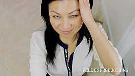 Asian Housewife Jackie Lin Blows the Delivery Guy