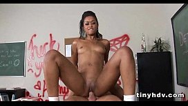 I want this teen pussy Skin Diamond 95 preview