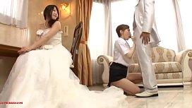 اپنی بیوی کے سامنے دلہنماید خوبصورت آدمی کے ساتھ جنسی تعلقات