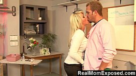 RealMomExposed Boobilicious Brooke has eve ing to please a cock