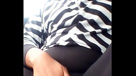 Naejaexx playing with her pussy in car