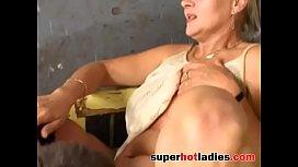 Deutsche Grossmutter gets her ass fucked