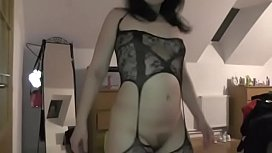 I tried on my daughter'_s sexy lingerie