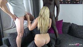 DEUTSCHE MILF Tatjana Young beim privaten MMF Dreier Sex - German MILF