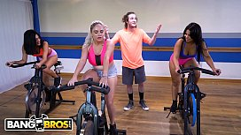 BANGBROS - Fitness Trainer Brick Danger Sticks His Dick In Rose Monroe's Latin Big Ass In Spin Class
