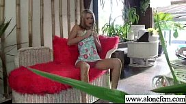 Lovely Girl Play On Sex Tape With Dildo Toys movie-03