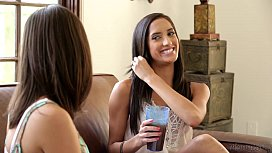 Chloe Amour a Jennings and India Summer at Mo Girl
