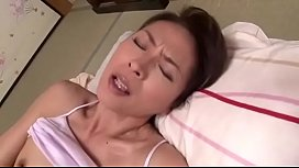 japanese mature widow masturbating