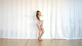 WAVEYA MiU Hyomin Nice Body
