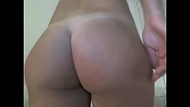 Hot Ass Blonde Shows Off her Nice Tits on Cam - CamGirlsUntamed.com