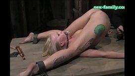 WWW.SEX-FAMILY.COM - Bizzare clitty play hitachi magic wand blonde girl