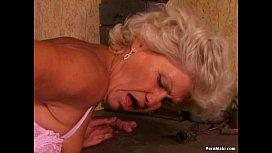 Granny Effie Anal