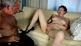 Super sexy old spunker sucks &amp_ fucks for a mouthful of cum