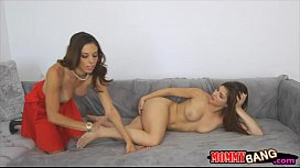 Eva Long and Leah Gotti enjoyed threeway session on the couch