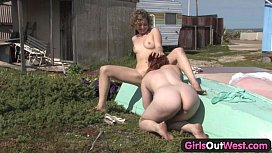 Girls Out West - Hairy lesbians Jette and Kara