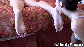 Sneaky foot worship action xxx video