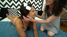 Granny Milly loves face sitting - Old Young Lesbian Love
