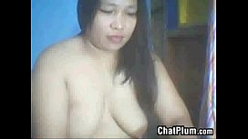 Chubby Filipina Shows Off Her Tits And Pussy