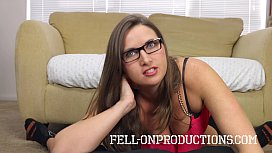 [Fell-On Productions] Madisin Lee in Mom'_s Hot Summer Day Lesson