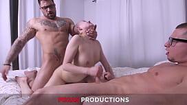 Pegas Productions - Première Expérience Bisexuelle
