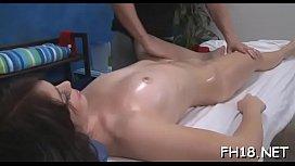 Hot babe engulfing off unfathomable her massage therapist
